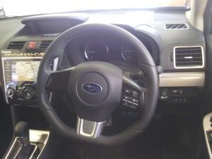 レボーグの運転席