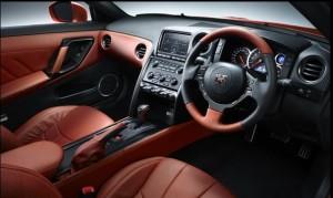 R35 Premium edition運転席
