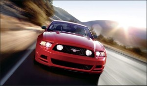 Mustang V8 GT Coupe Premium写真1