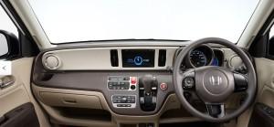 N-ONE運転席写真2