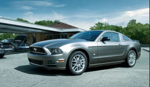 Mustang V6 Coupe Premium写真1