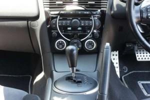 4MT運転席