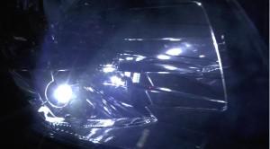 PIAAのLEP103と純正ポジションランプ点灯