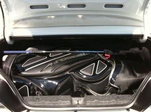 S2000トランクにゴルフバック