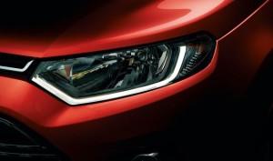 フォード・エコスポーツヘッドライト