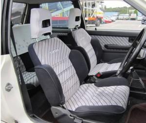 スターレットKP7#のターボグレード運転席