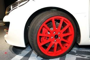 トロフィーRのタイヤとホイールとブレーキ