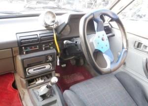 KP61運転席