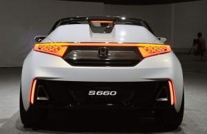 S660テールライト点灯写真