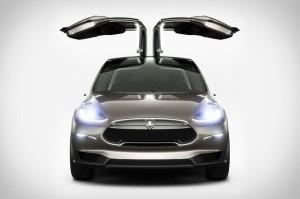 Model X ファルコンウィングドア